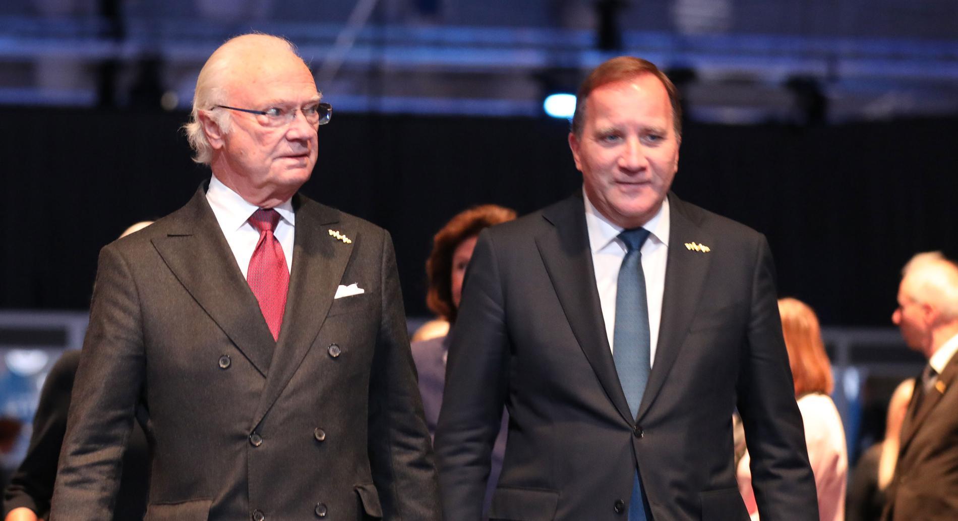 Kungen och Stefan Löfven under konferensen.