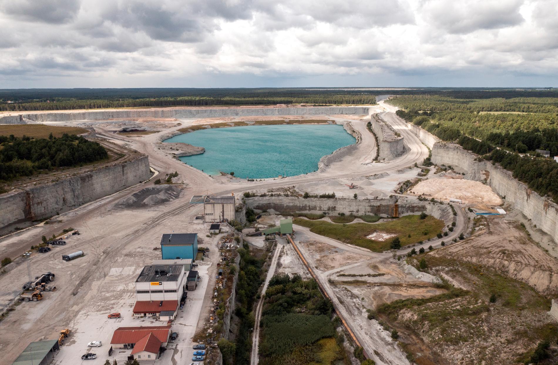 Cementas fabrik i Slite på Gotland har varit omdiskuterad senaste tiden. Arkivbild.