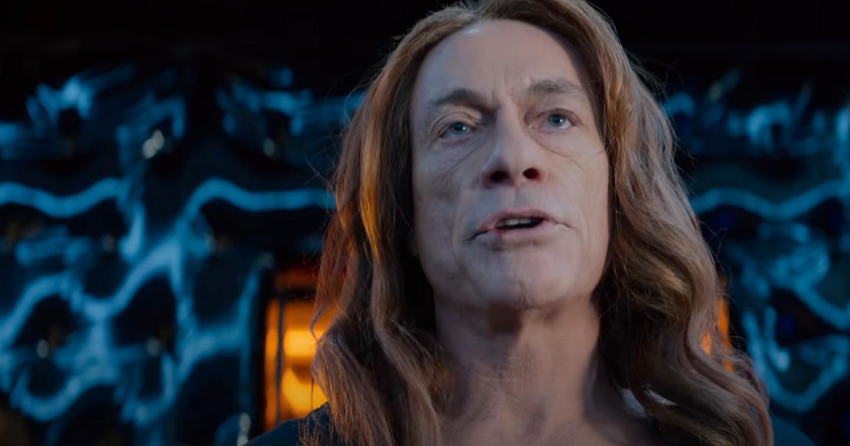 """En kvinnligare Jean-Claude van Damme i """"Den sista legosoldaten""""."""