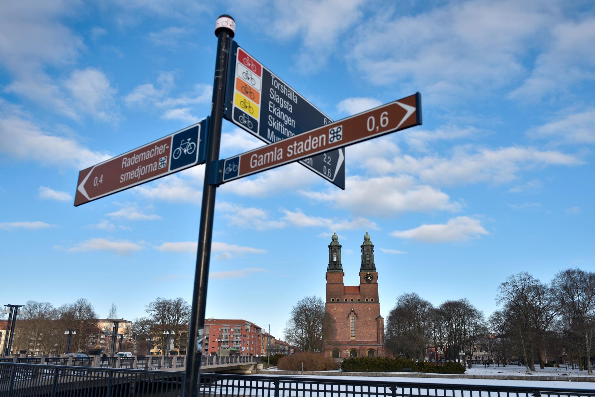 En järnvägsbro i Eskilstuna har blivit påkörd många gånger de senaste åren. Arkivbild.