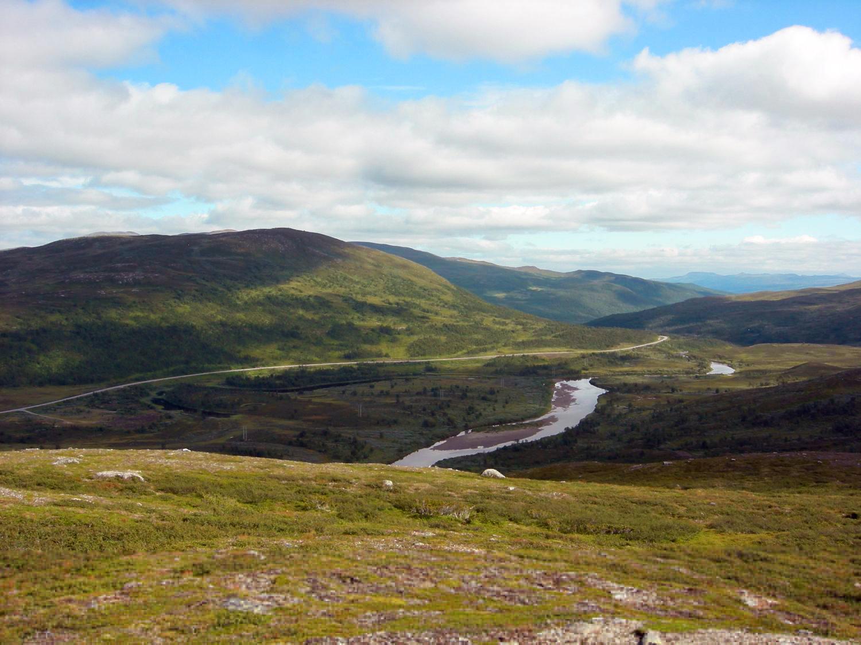 Vildmarksvägen är en av de högst belägna vägarna i Sverige.