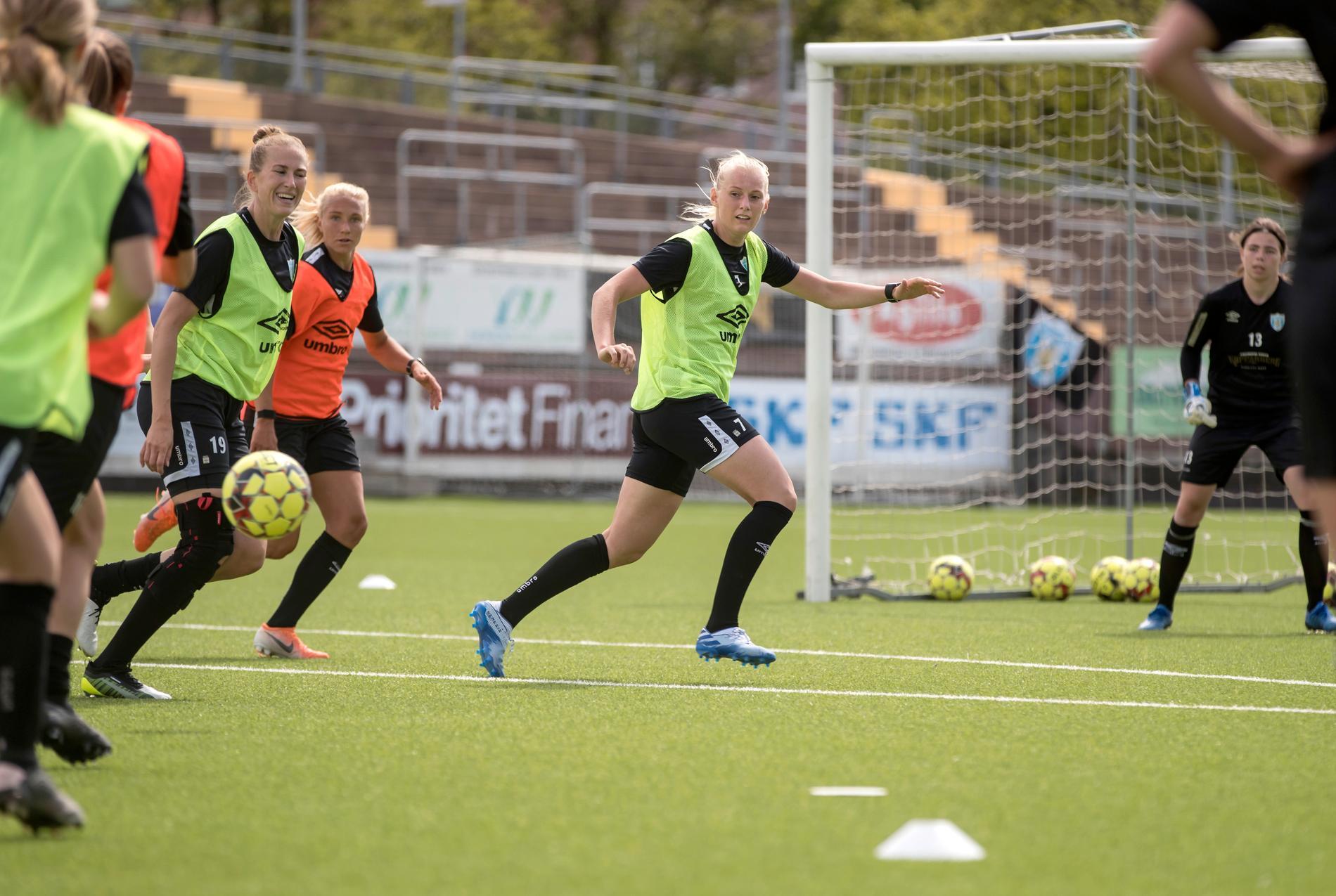 Kopparbergs Göteborg FC tränar