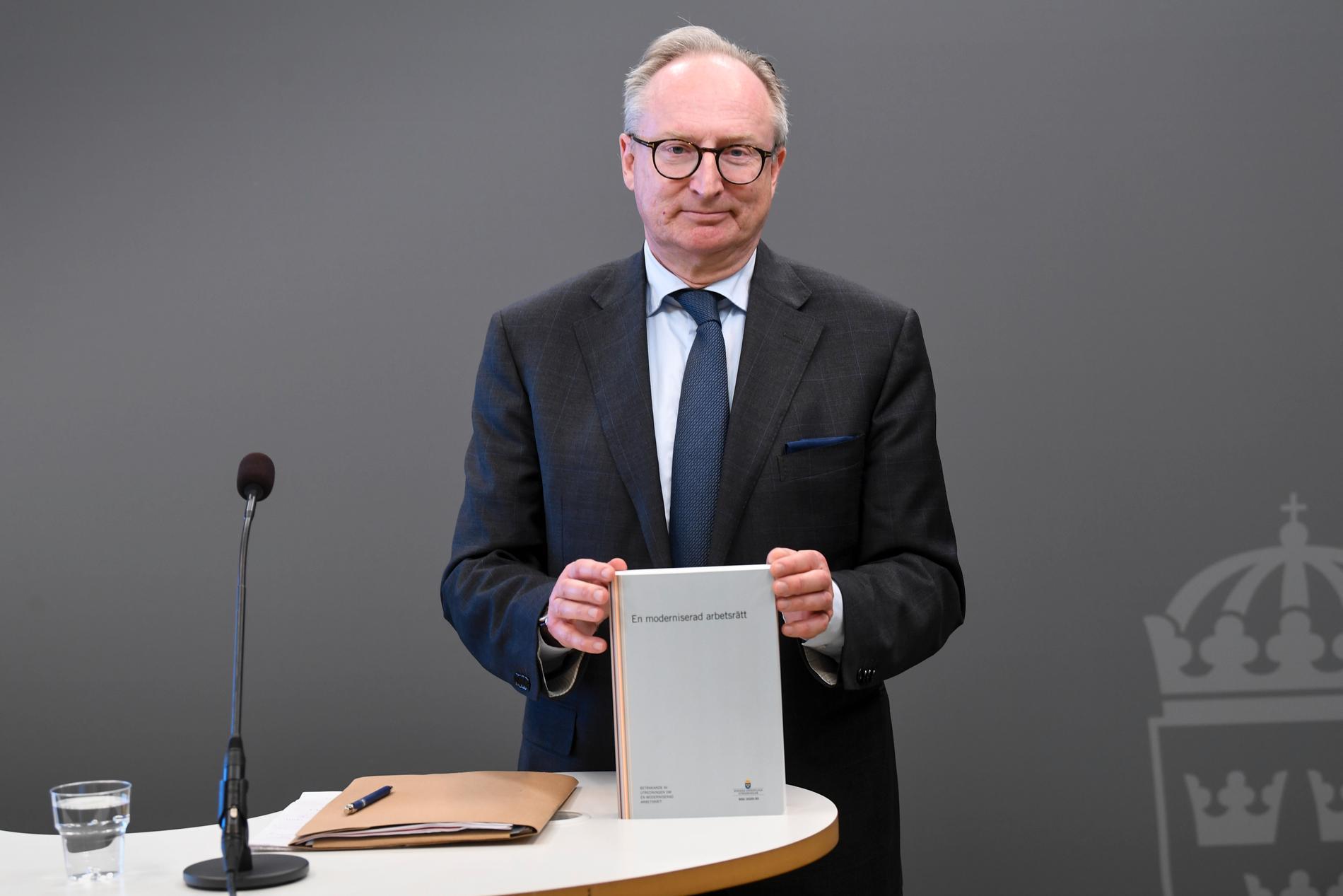 """Särskild utredare Gudmund Toijer presenterade utredningen """"En moderniserad arbetsrätt"""" under en pressträff på måndagen"""