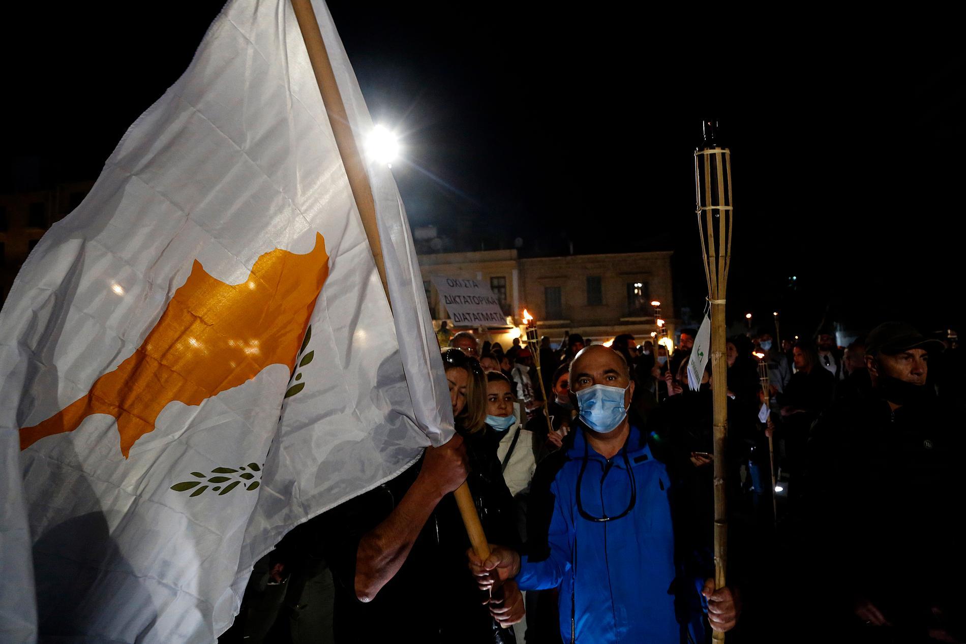 Demonstranter i Cypern.