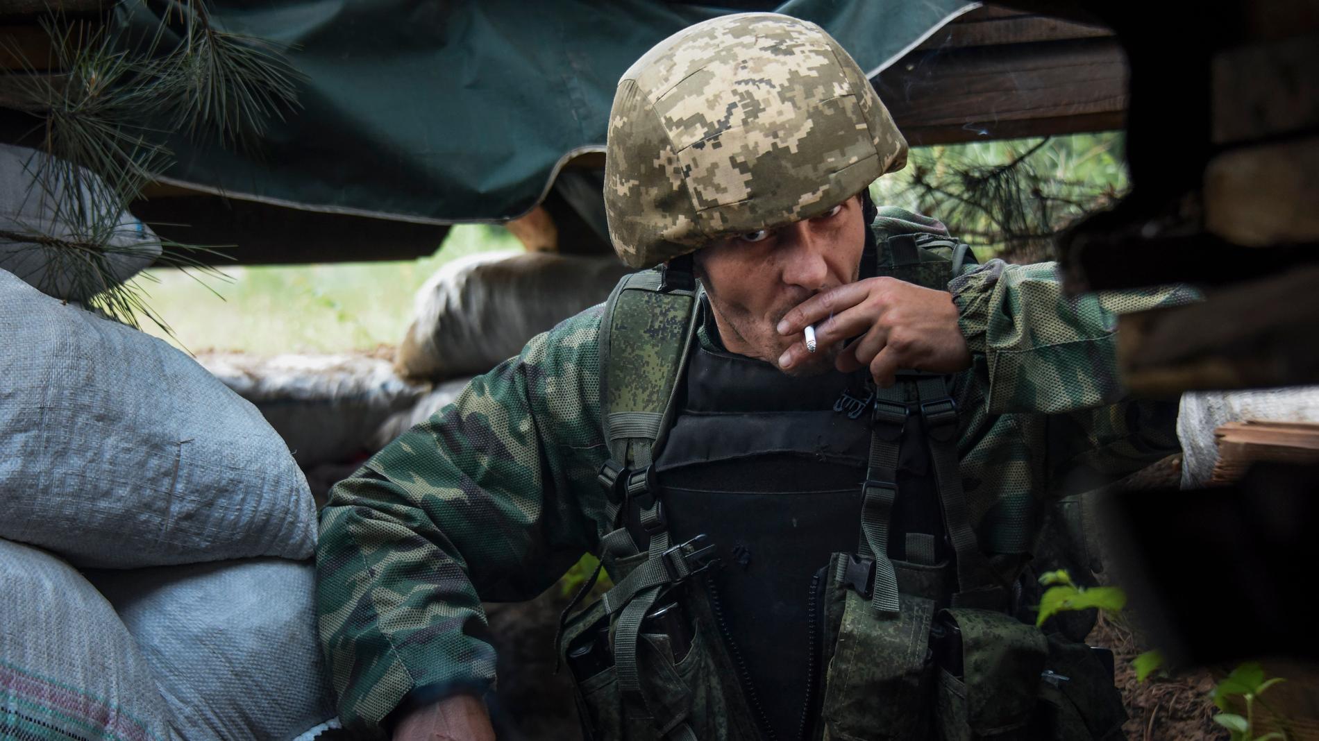 En ryskstödd separatist i östra Ukraina. Arkivbild.