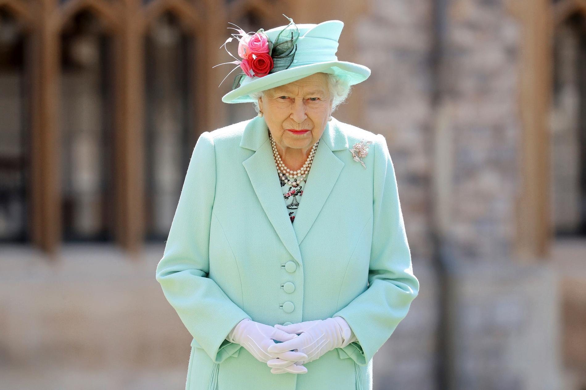 Drottning Elizabeth befann sig i karantän under våren. Buckingham Palace kommer användas mer sparsamt under hösten, meddelar brittiska hovet.