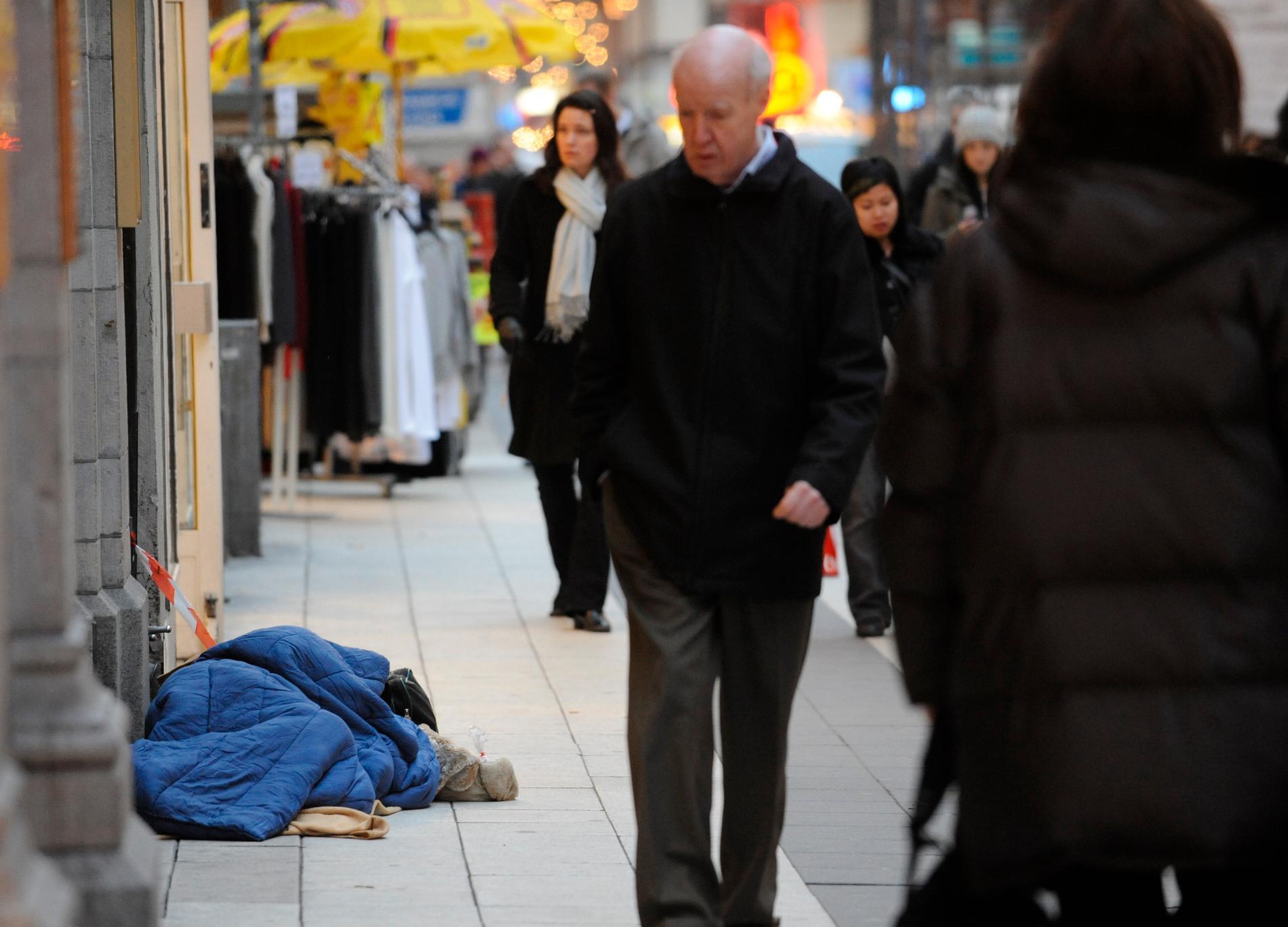 Forskarna tror att det är möjligt att utplåna fattigdomen.