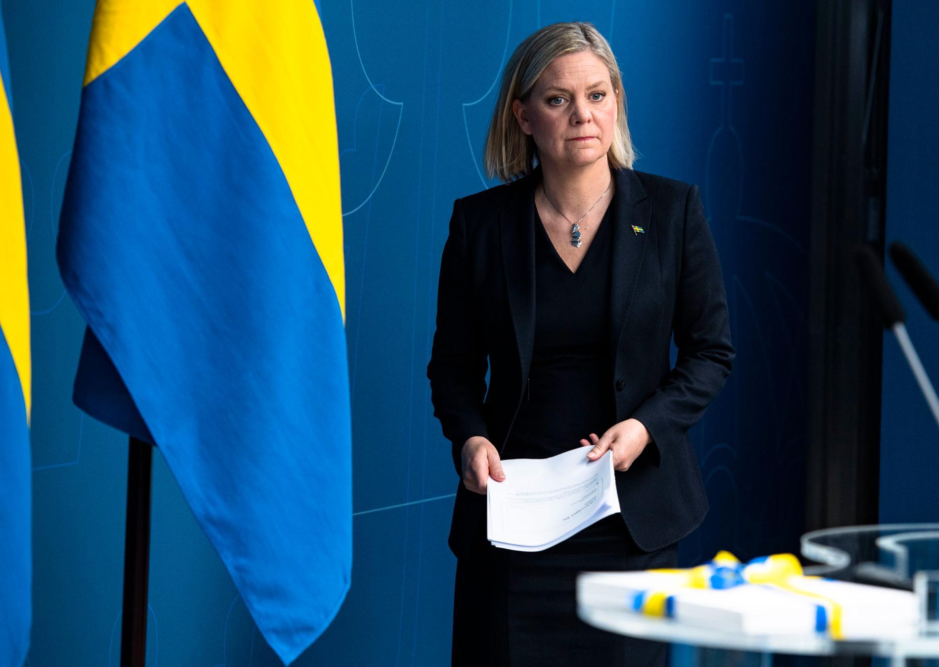 Finansminister Magdalena Andersson (S) har inte testats för covid-19. Hon saknar kontakten med sin mamma, som hon dock ringer varje dag.
