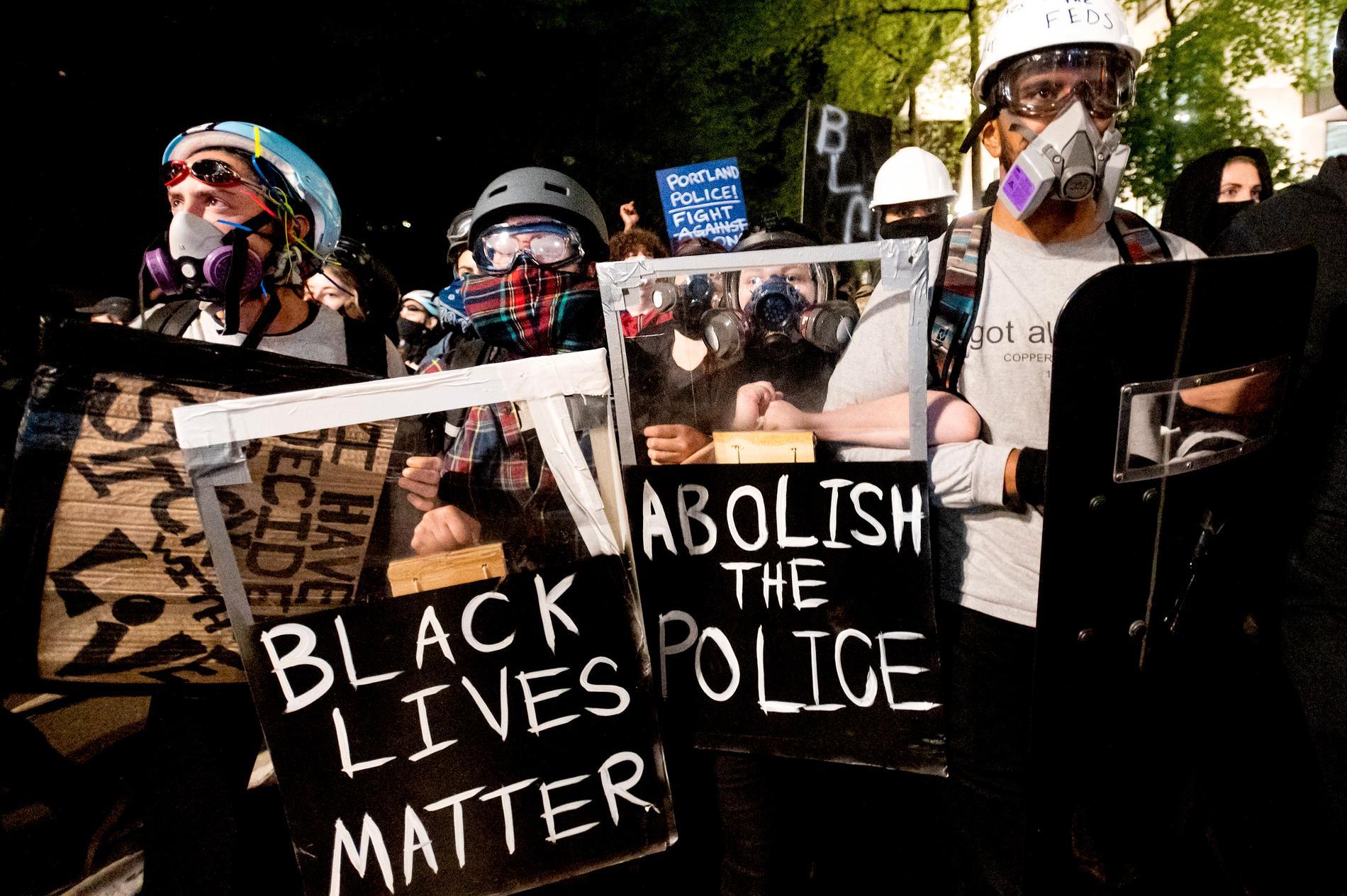 Demonstranter i Portland.