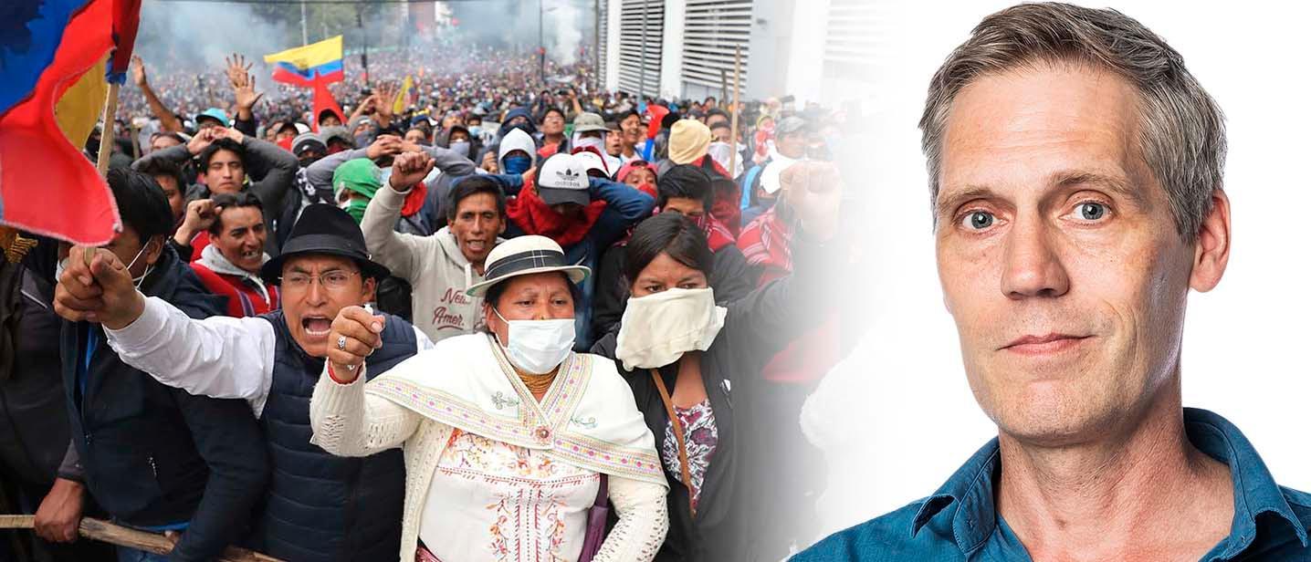 Demonstranter i Ecuadors huvudstad Quito protesterar mot president Morenos och hans regerings politik i oktober.