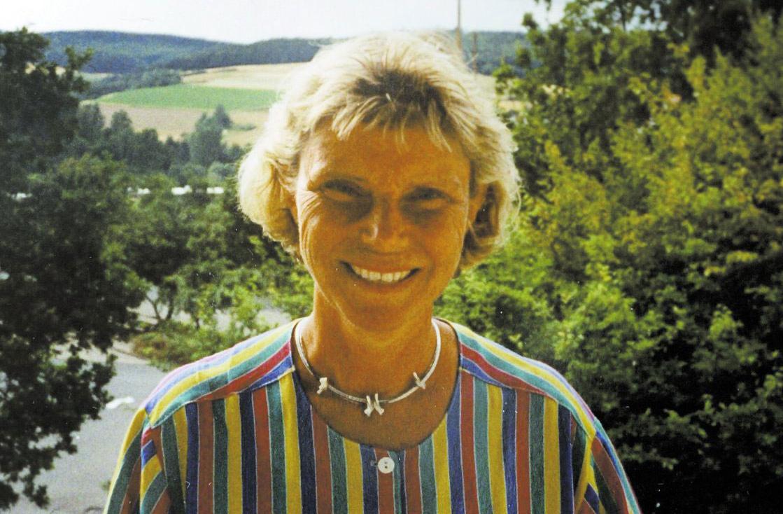 Gärningsmannen knivdödade även Anna-Lena Svenson, 56, som troligen försökte hjälpa pojken.