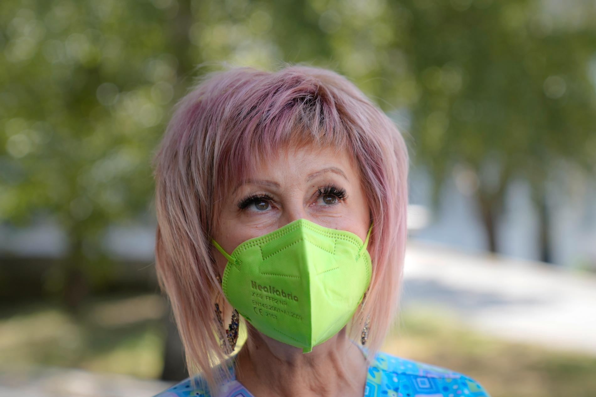"""""""De tror inte på vaccin"""", säger Yordanka Minekova, som är chef för vaccineringen på sjukhuset i Veliko Tărnovo."""