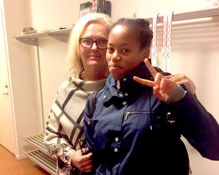 Oktober 2018. Selma Yohannes har just släppts från Migrationsverkets förvar i Märsta och är tillbaka hos Viktoria Sterner.
