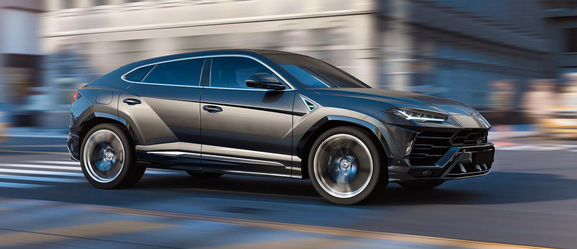 En Lamborghini Urus av samma modell som den Carlos Strandberg äger.
