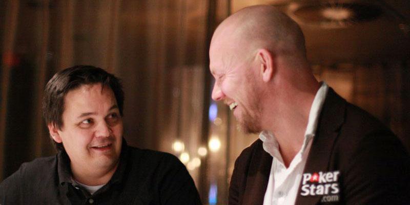 Mats Sundin, här på plats i Tallinn under en intervju med Sportbladets Jim Baas.