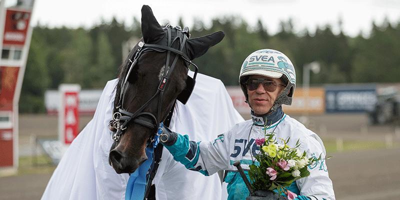Örjan Kihlström vann med storfavoriten Erv Zet på Top 7 (V75–5).