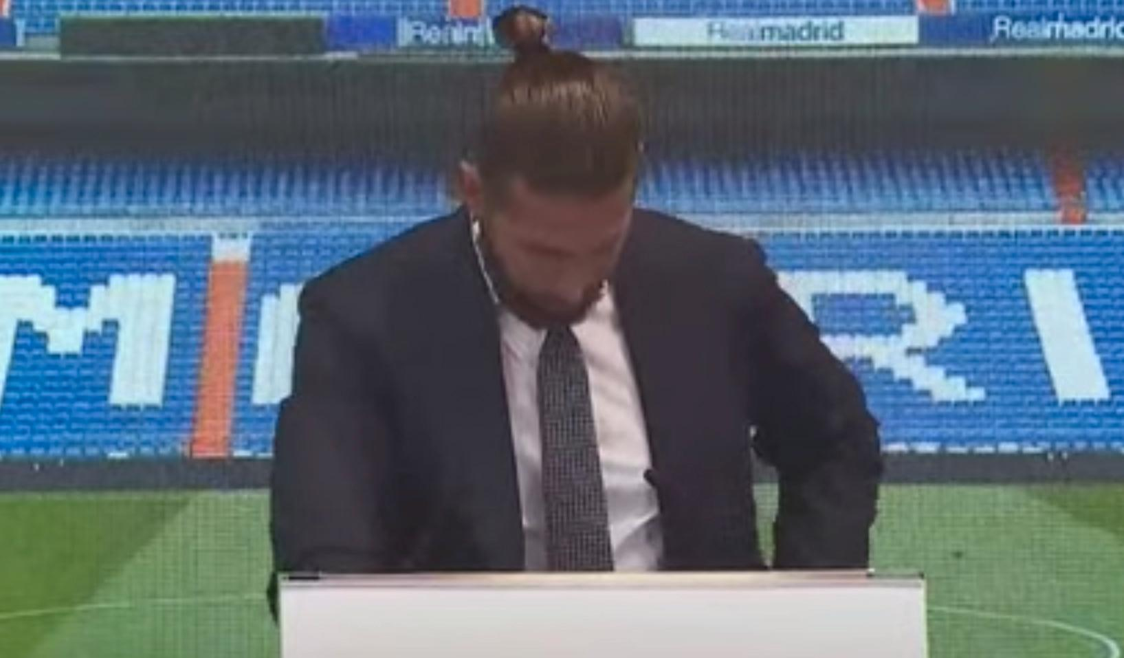 Ramos i tårar på presskonferensen.