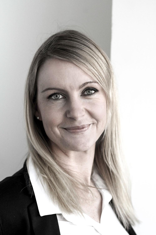 Lina Eklund, pr-specialist på Resia