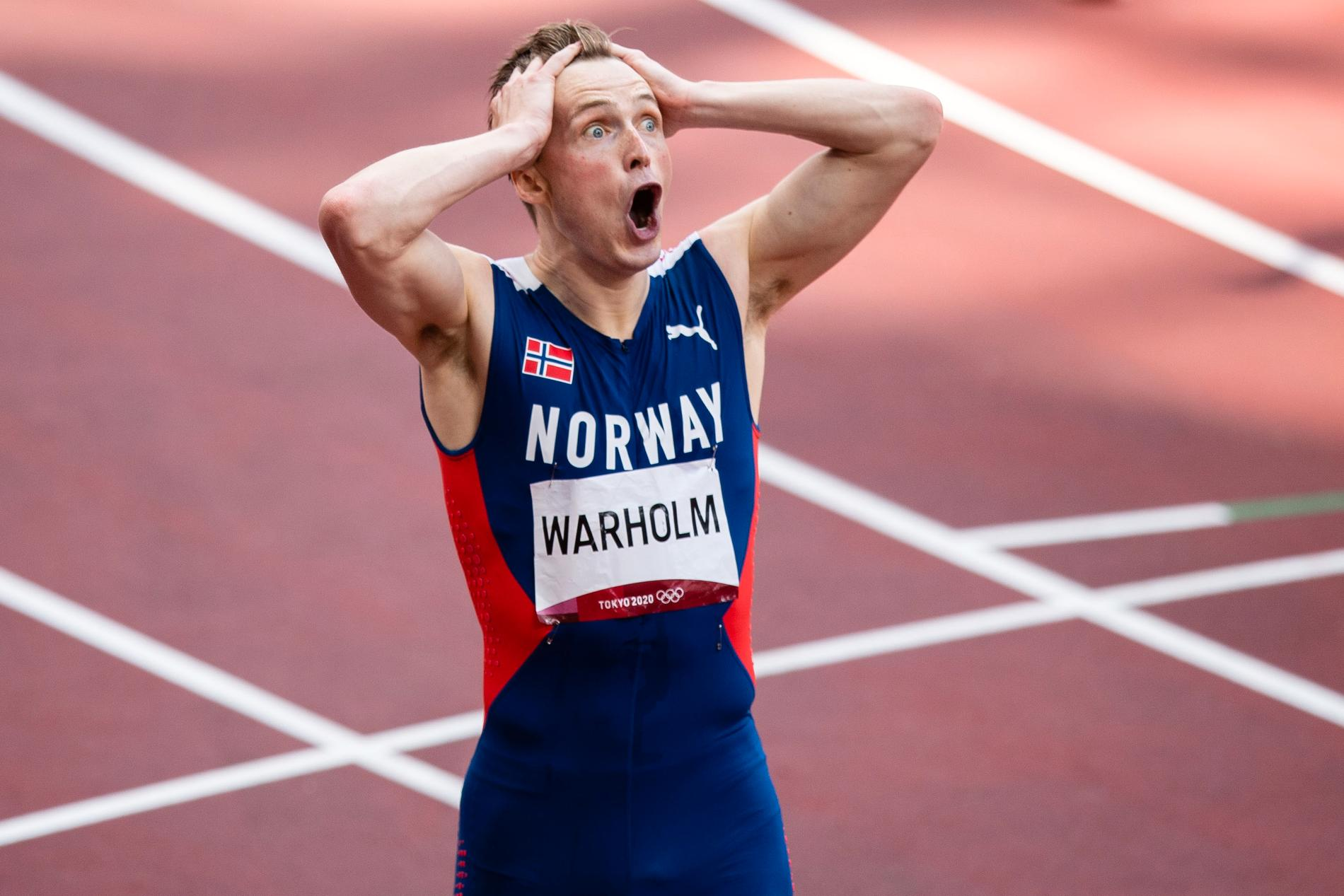 Karsten Warholm efter världsrekordet på 400 m häck i OS-finalen i Tokyo.