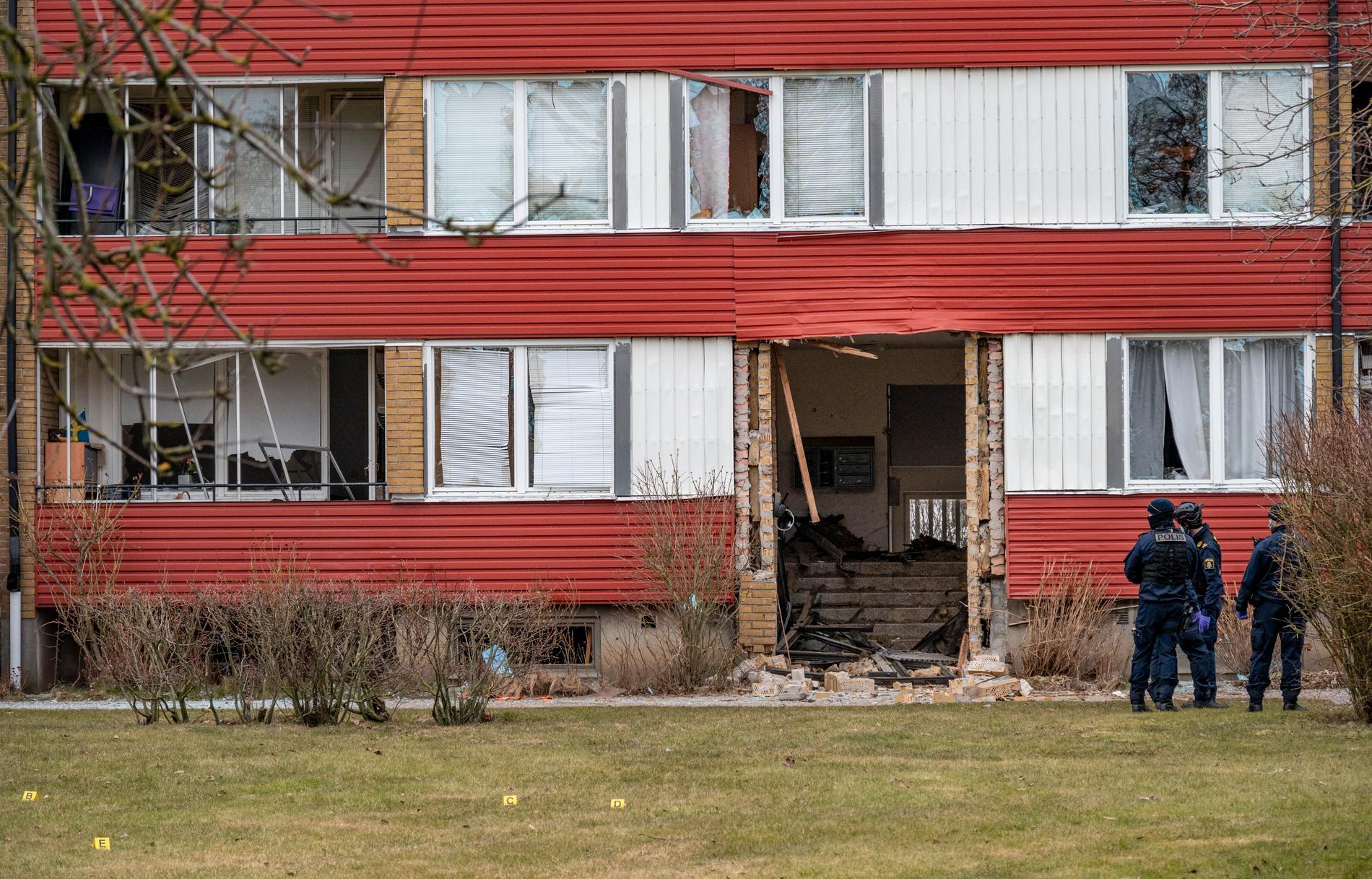 Ett 40-tal bostäder skadades av den kraftiga explosionen.