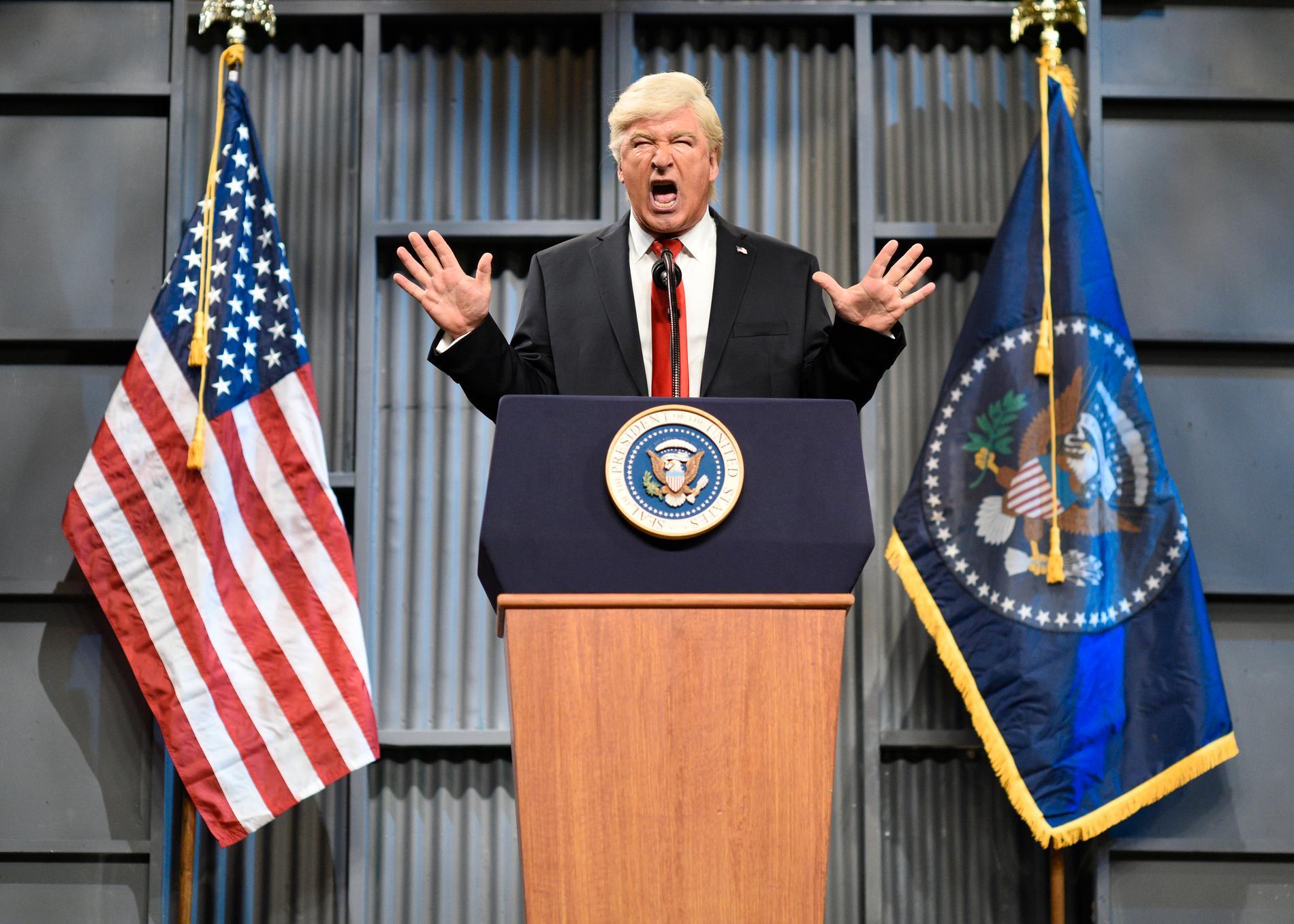 Alec Baldwin som Trump. Arkivbild.