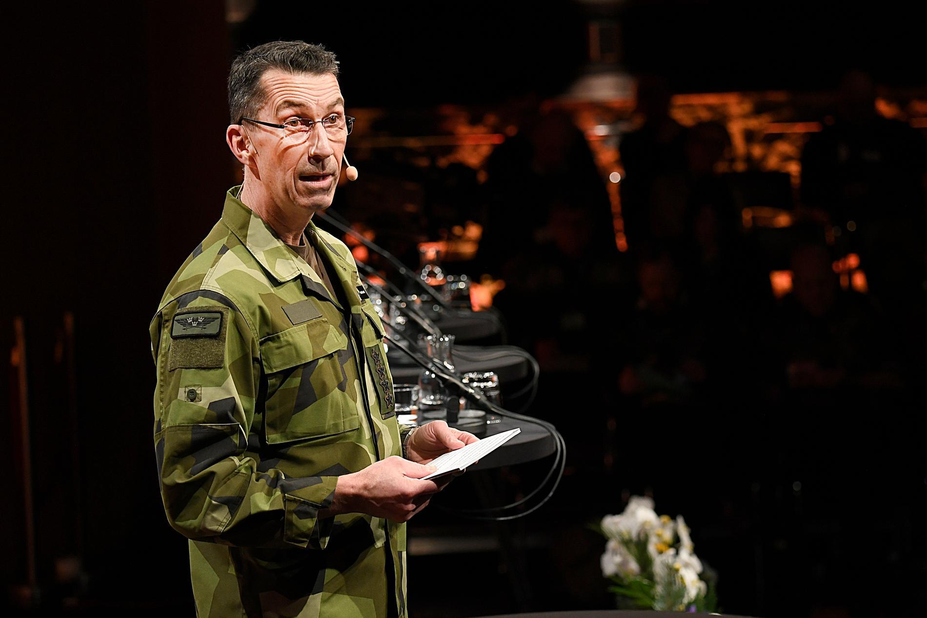 """ÖB Micael Bydén menar att Ryssland """"skakar om den europeiska säkerhetsstrukturen."""