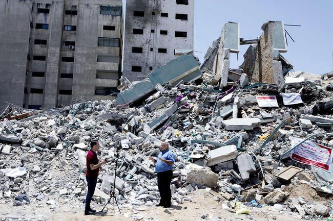 """Det är extremt viktigt att fortsätta ha journalister här"""", säger Wael Dahdouh."""