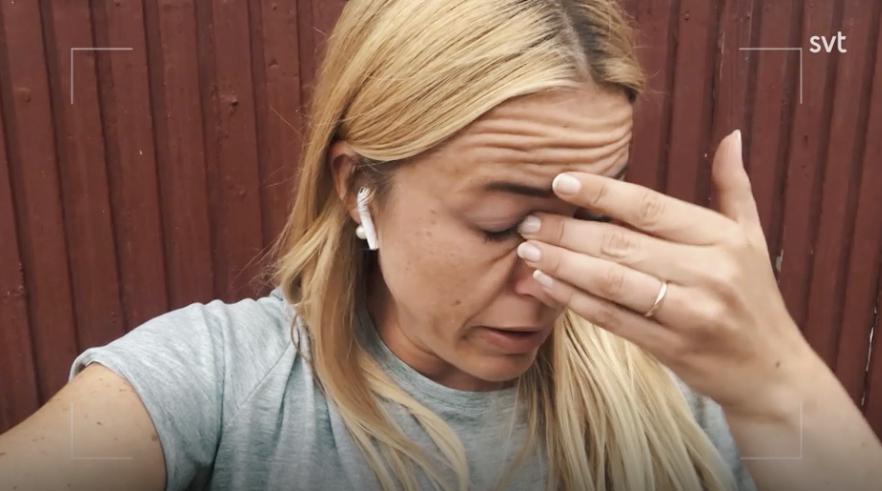 Susanna Lundberg reflekterar över relationen och Johans känslor.