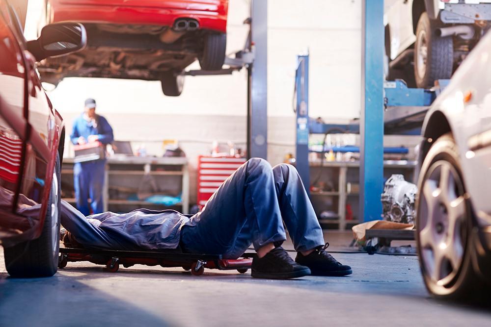 Många reparationen på bilverkstäder brister i kvalitet.