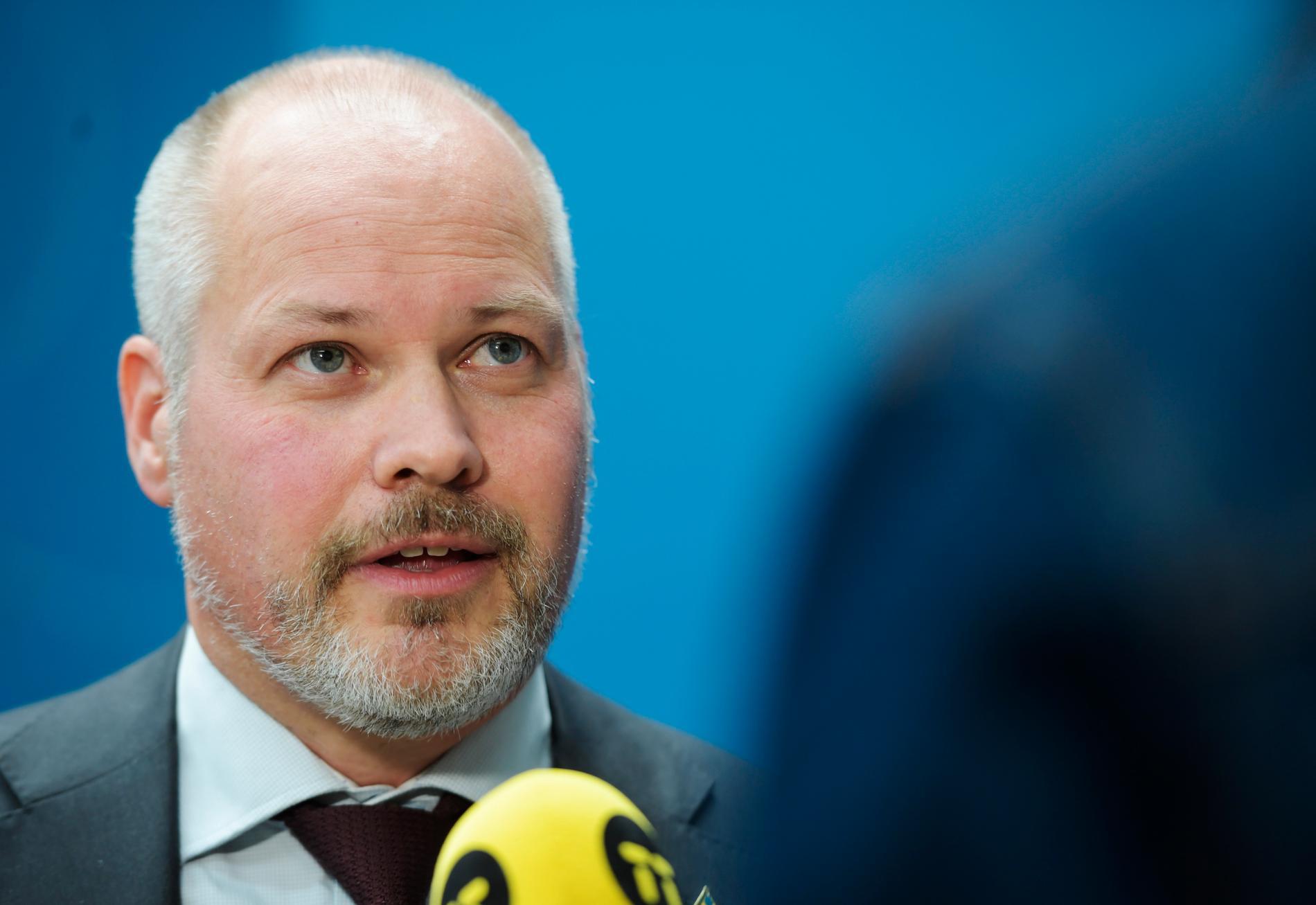 Justitieminister Morgan Johansson (S) säger till TV4 att regeringen vill göra det straffbart att hetsa någon till självmord. Arkivbild.
