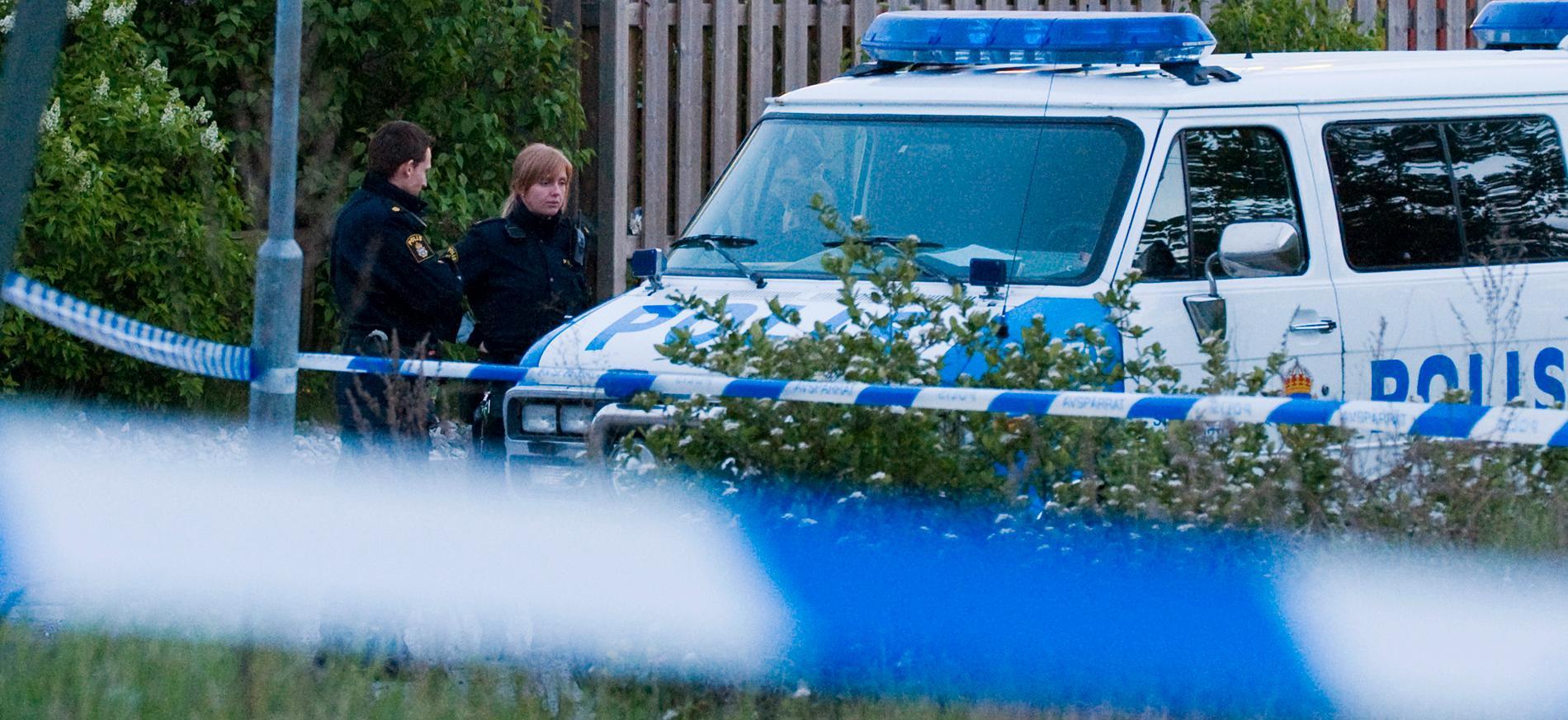 Polisen spärrar av efter en misstänkt våldtäkt. (Arkivbild)