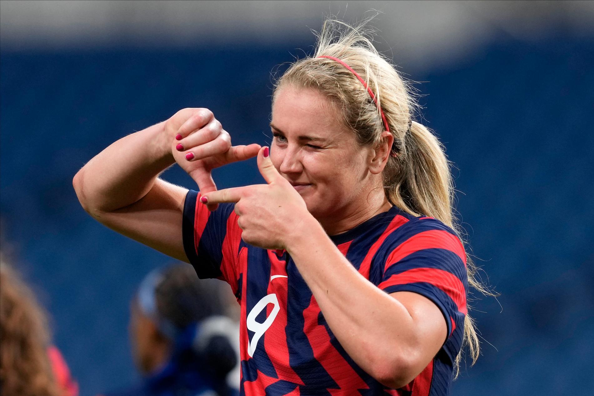 Lindsey Horan firade sitt mål lite extra. Det var hennes 100:e landskamp för USA.