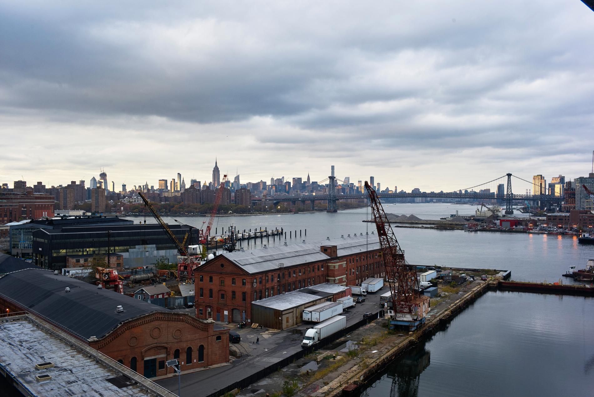 Brooklyn Navy Yard ligger i ett industrikomplex.