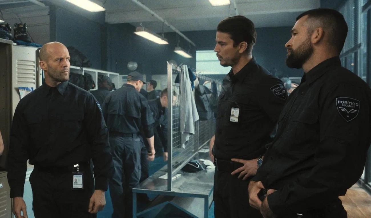 """Jason Statham och Josh Hartnett i """"Wrath of man""""."""