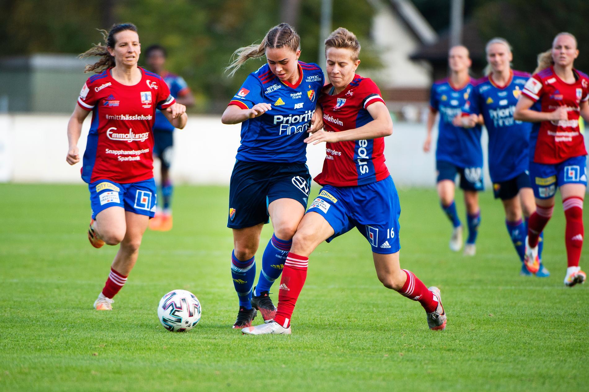 Quinn (till höger) under match mot Djurgården.