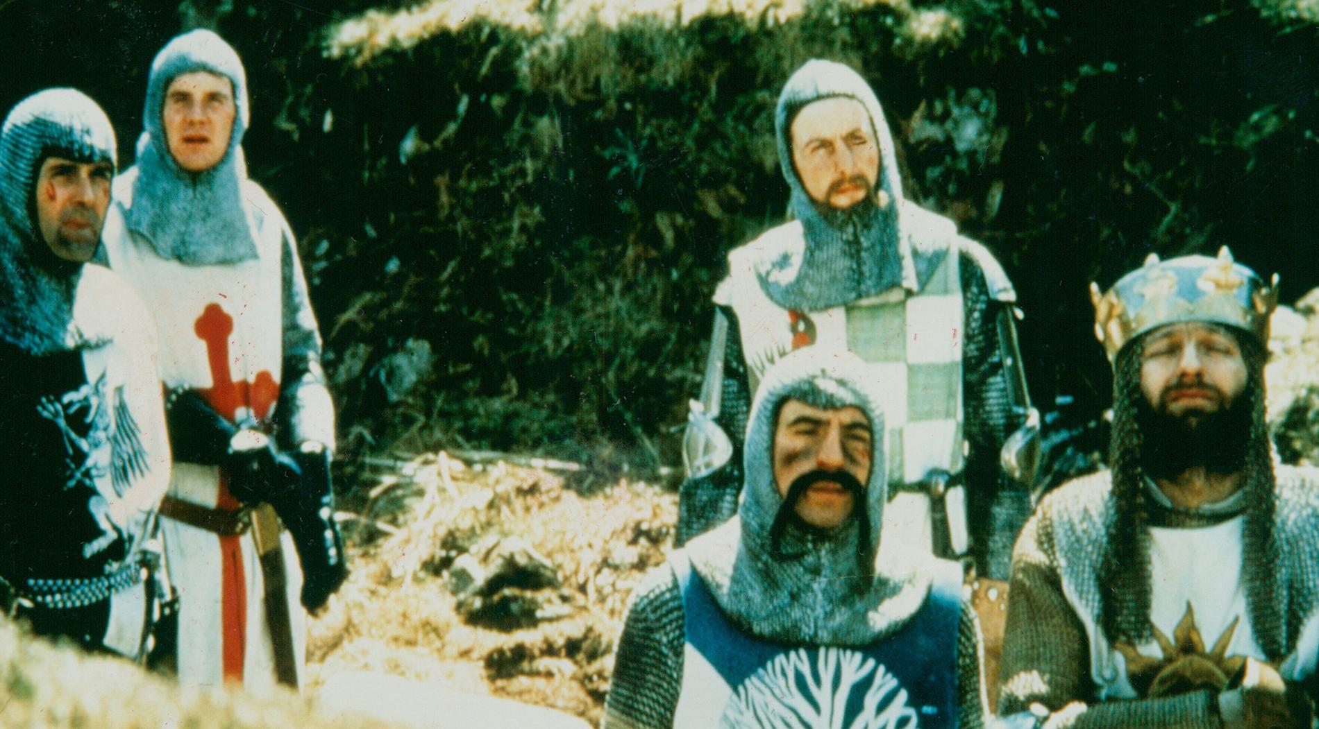 """""""Monty Python  and the holy grail"""" (""""Monty Pythons  galna värld"""") från 1975."""