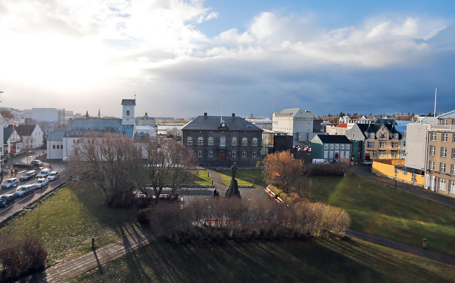 Barer och diskotek stängs i den isländska huvudstaden Reykjavik. Arkivbild.