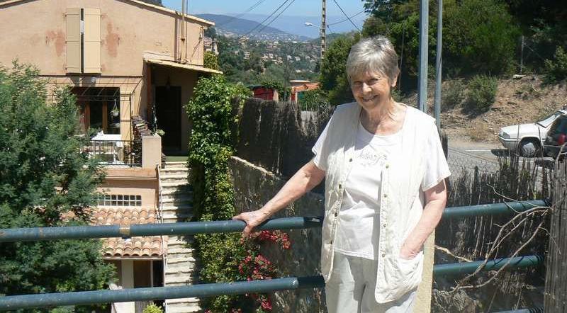 Anita Lindblom bodde sedan i slutet av 60-talet i Frankrike.