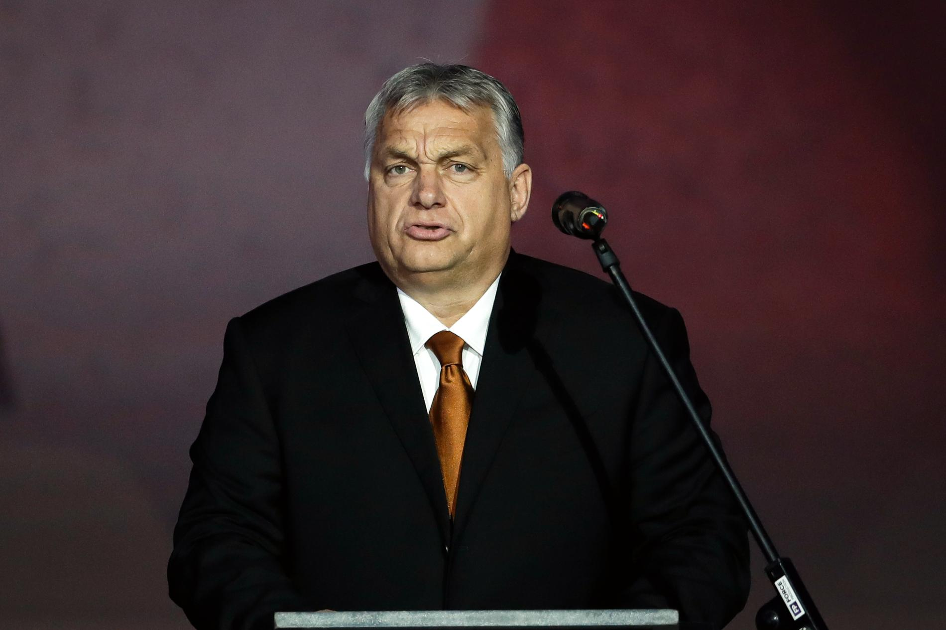 Viktor Orbán motiverar mer makt till sig själv genom coronakrisen. EU bör agera.