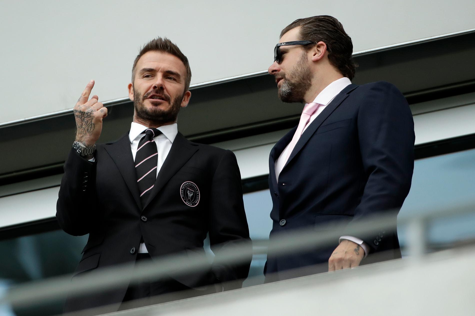 David Beckham (v)