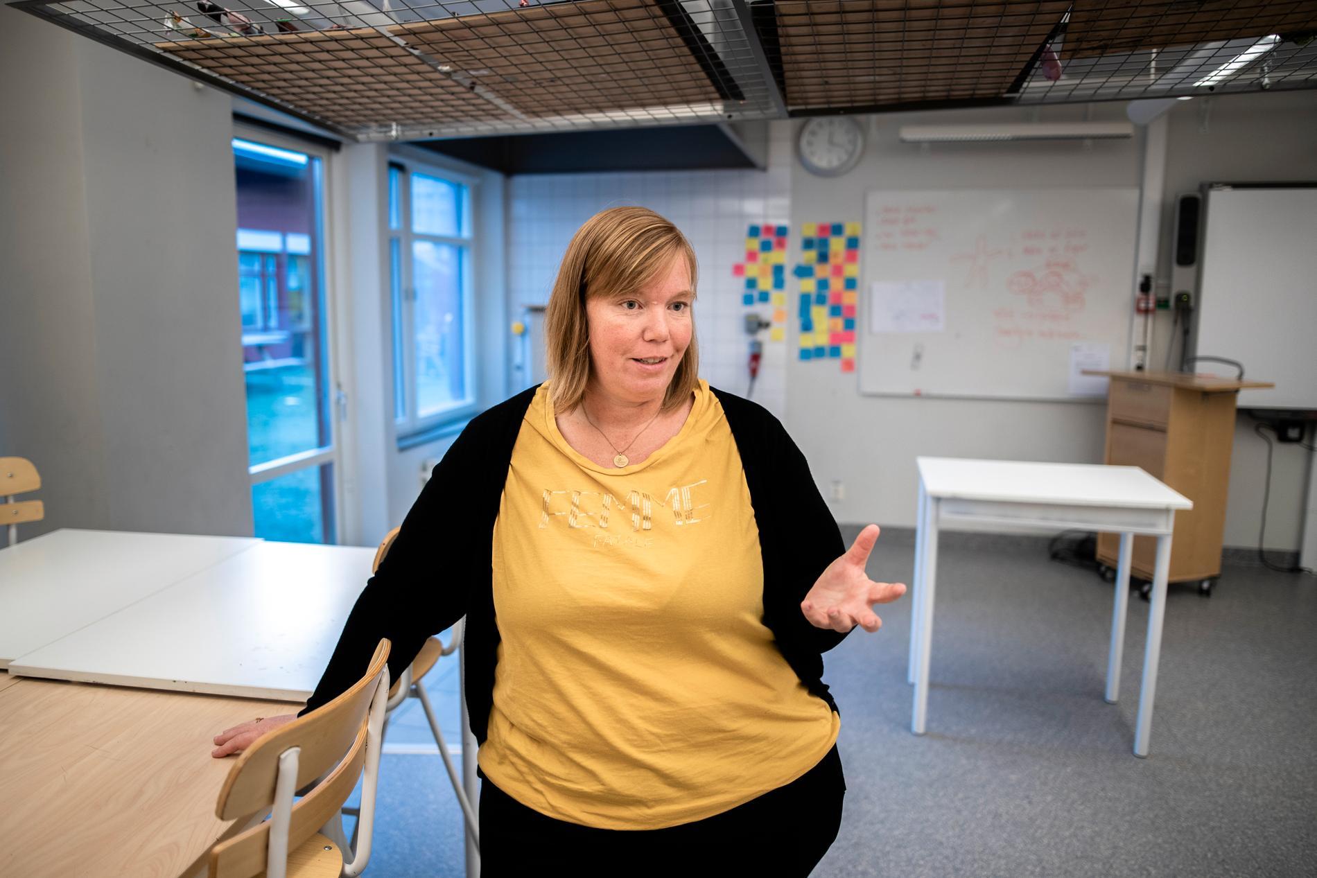 Linda Forssén, rektor F-6, menar att skolan inte kan kompensera fullt ut för den segregation som finns i samhället.
