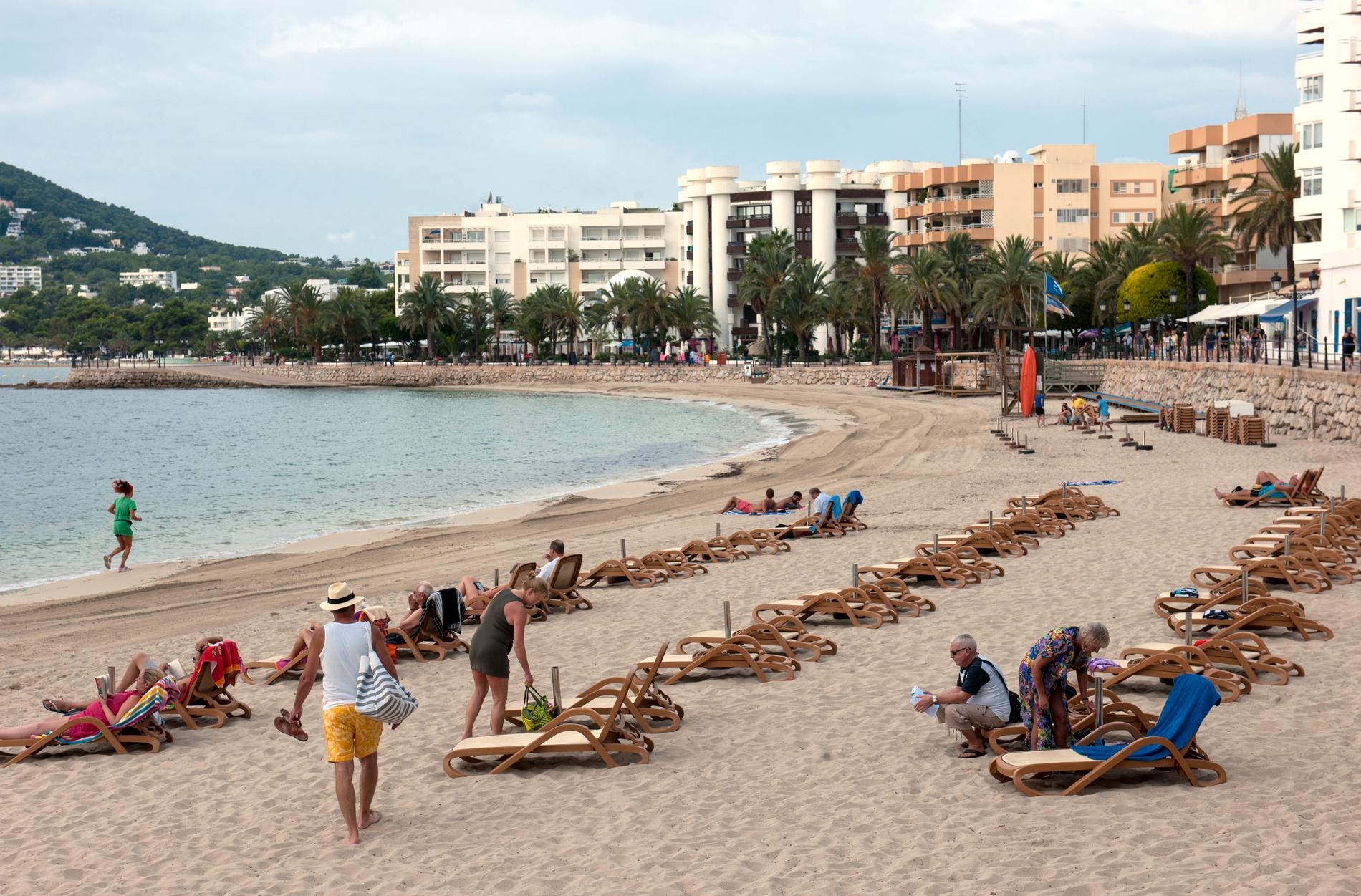 Stranden i Santa Eulalia på Ibiza.