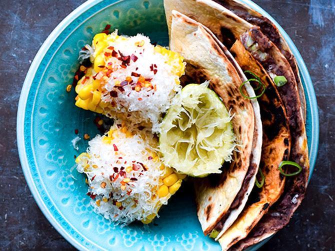 Bönquesadillas med lime och chipotle