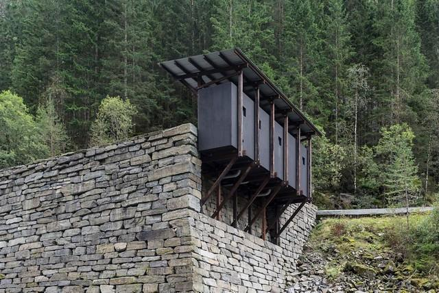 I Ryfylke kan du använda en toalett som ska hedra gruvor som fanns på platsen.