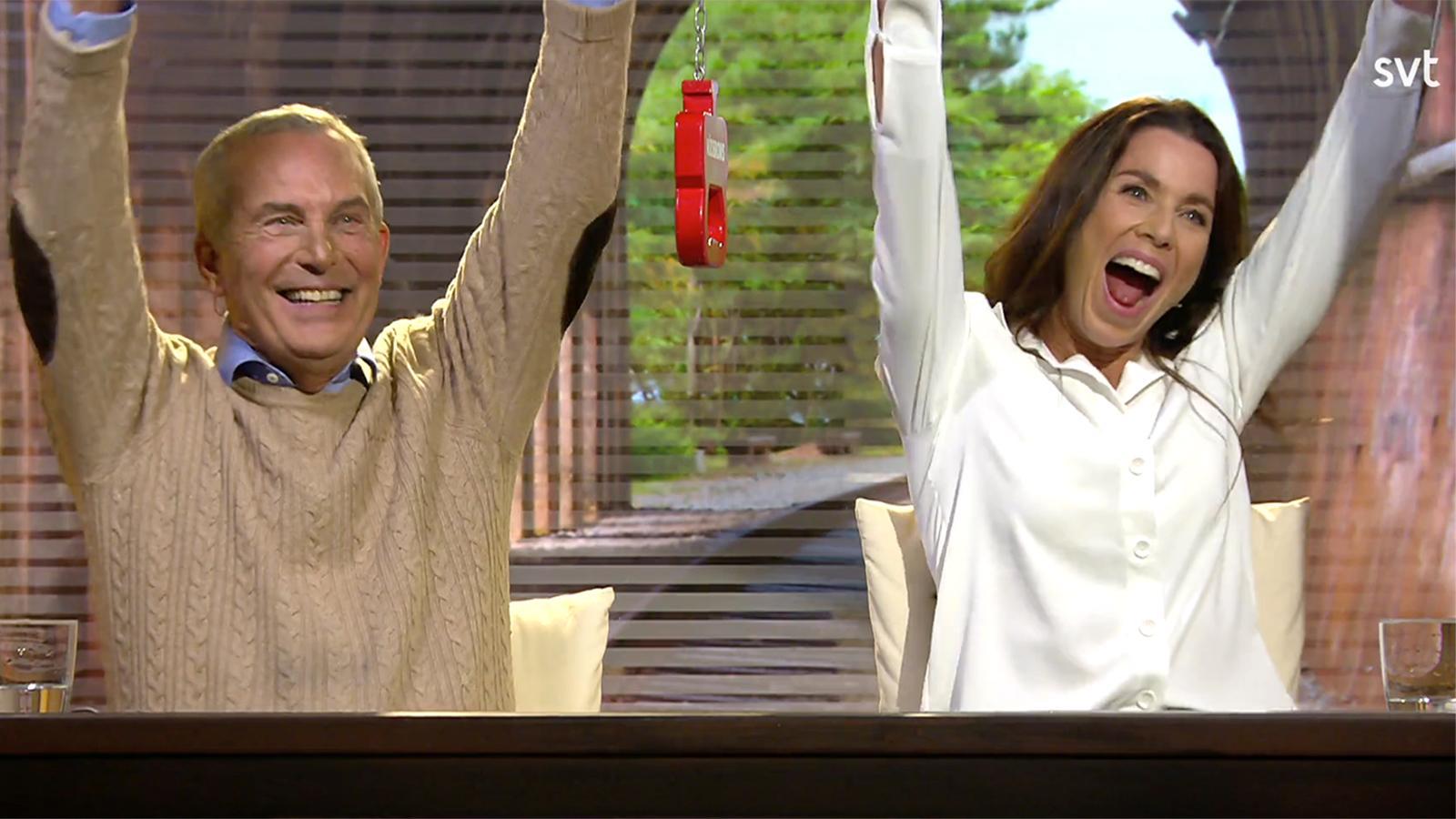 Claes Elfsbergs och Magdalena Forsbergs segerjubel.
