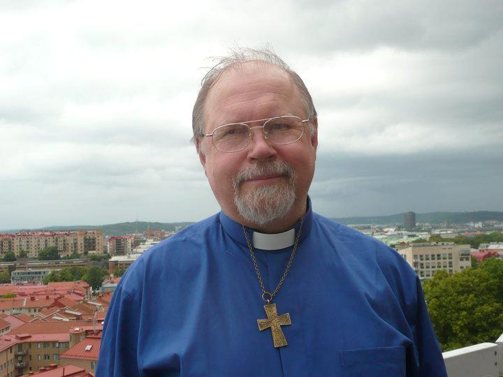 Axel W Karlsson.