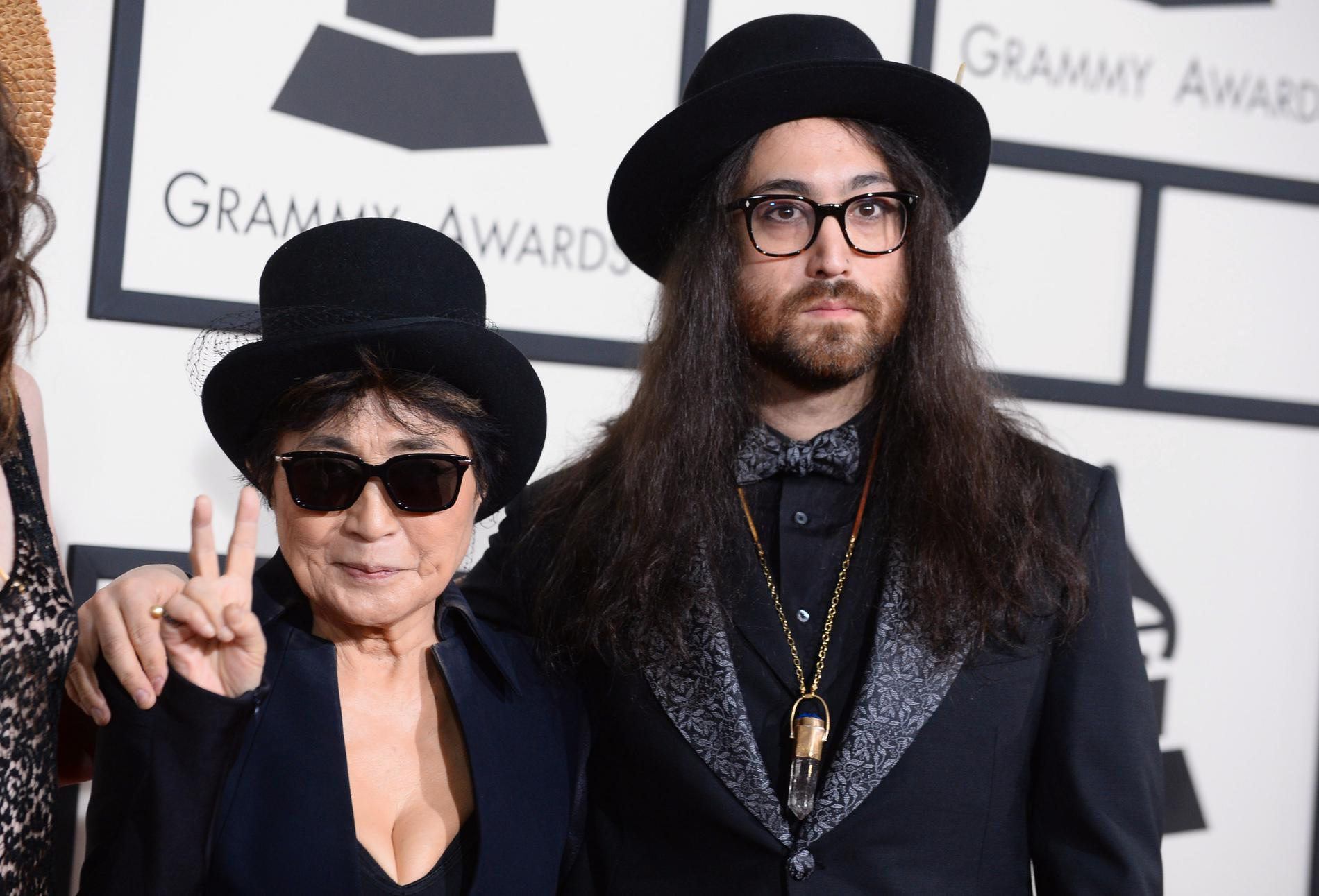 Yoko Ono med sonen Sean Lennon.