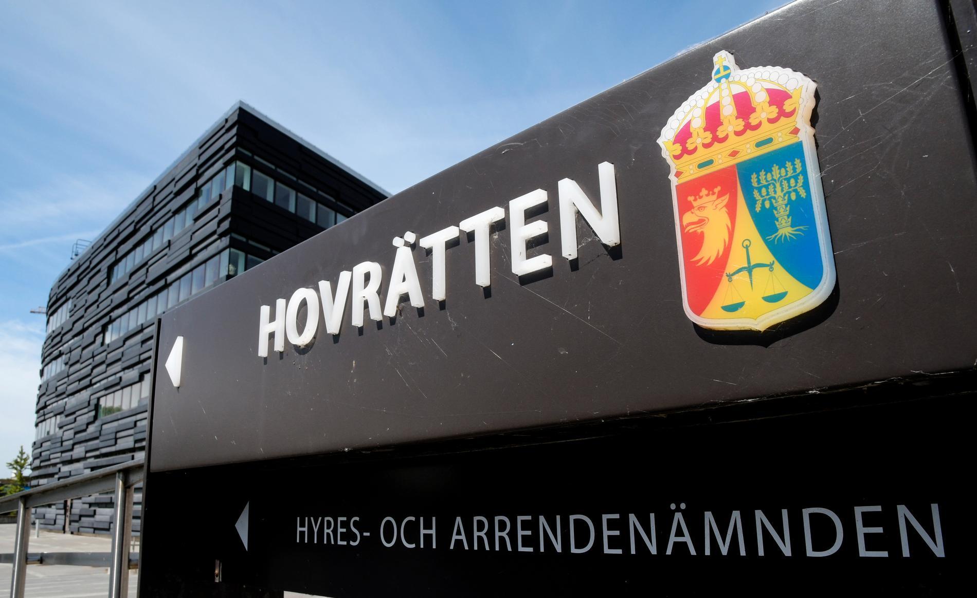 Hovrätten skärper straffet för en 23-årig man i Lund som våldtagit en sovande kvinna. Arkivbild.