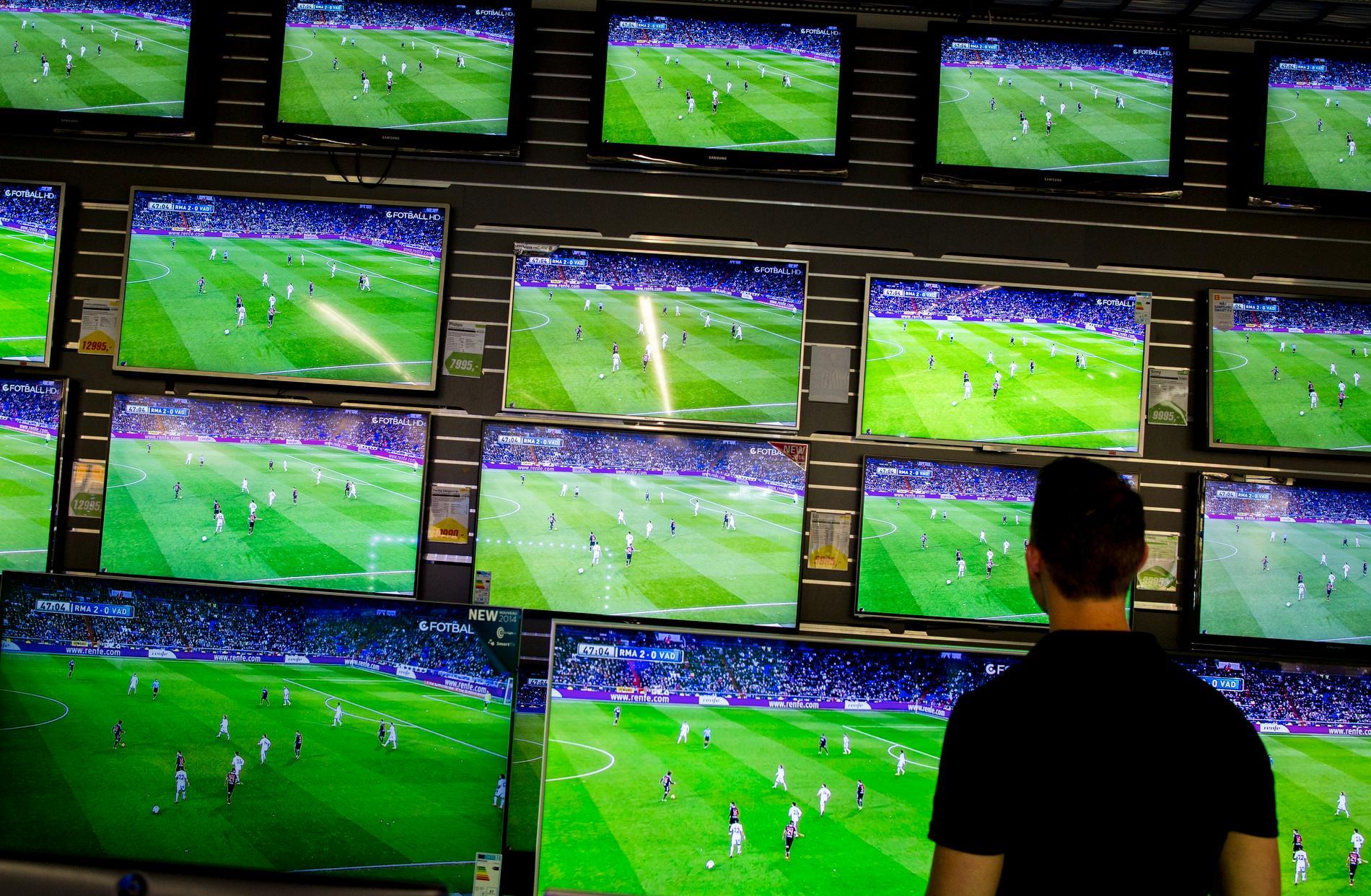 Personer som dömts för att ha sålt pirat-abonnemang för tv ska betala skadestånd på 93 miljoner kronor. Arkivbild.
