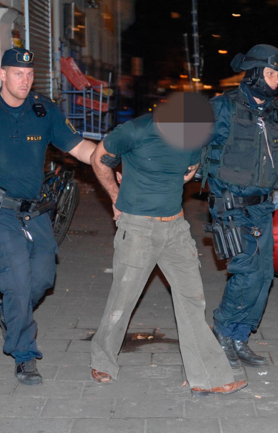 44-åringen greps i en bostad där han tidigare bott några timmar efter dödsskjutningen.